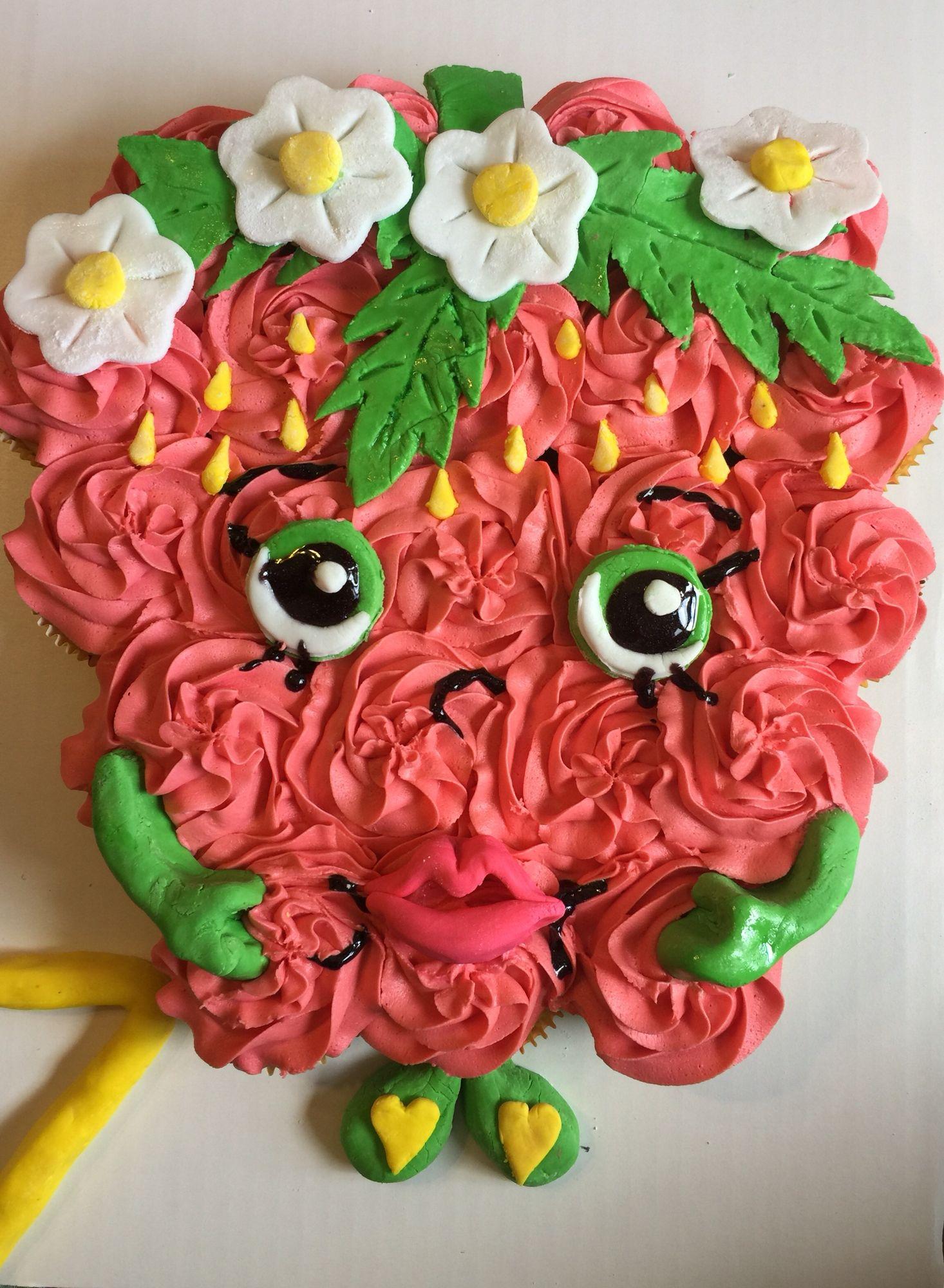 Shopkins Strawberry Kiss cupcake cake!
