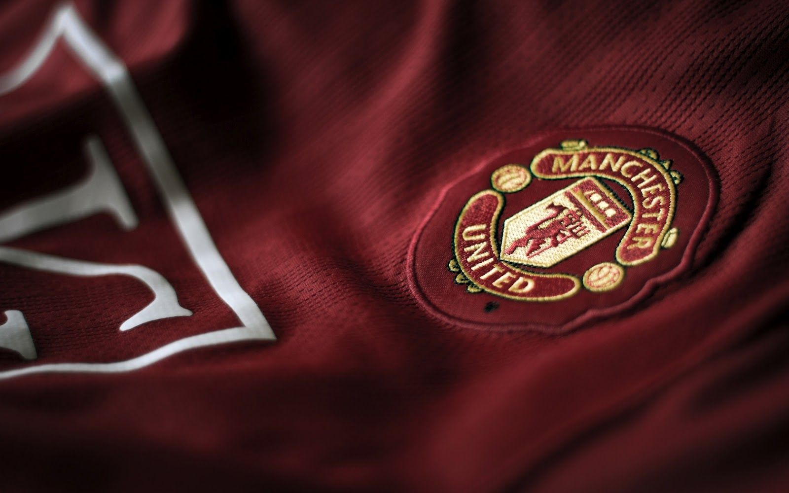 Manchester United Hd Wallpaper Free Download Wallpaper