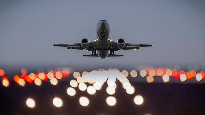 The Plane Take Off Lights Boeing Aircraft Aircraft Air Cargo