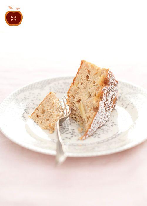 honey cake with mascarpone