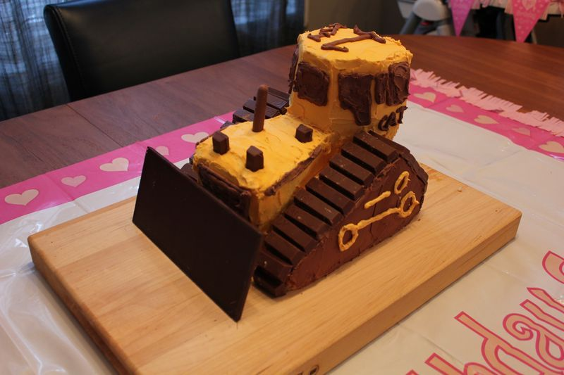 Bulldozer Cake Cakes Pinterest Bulldozer Cake Cake And