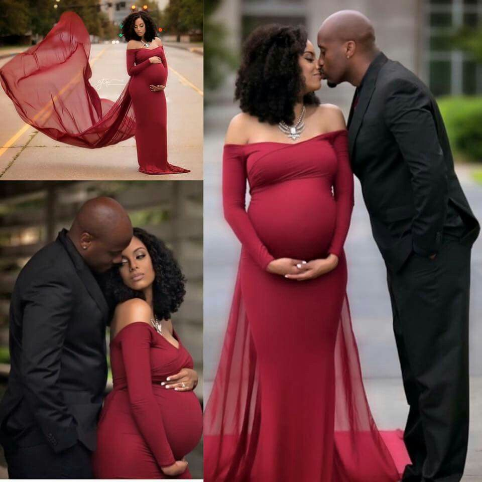 Gorgeous maternity gown for pregnancy portraits ...