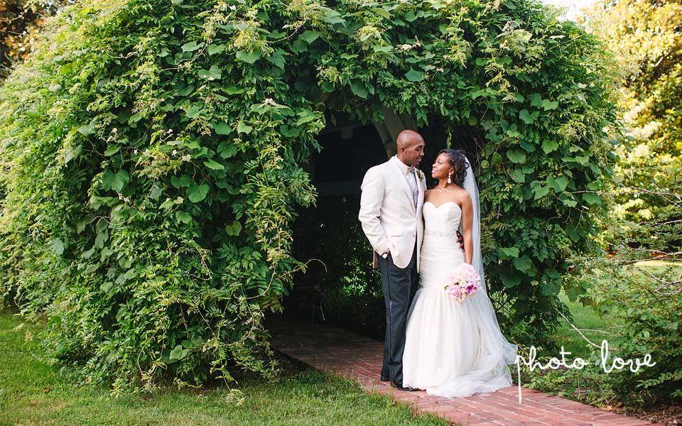 Magnolia Gardens Wedding Springdale Arkansas Bride And Groom