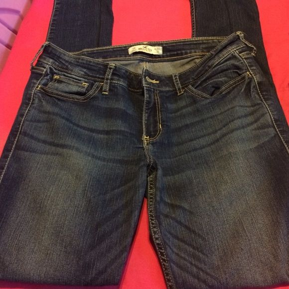 Hollister jeans More jeans! Skinny jeans, been in the closet for too long. Hollister Jeans Skinny