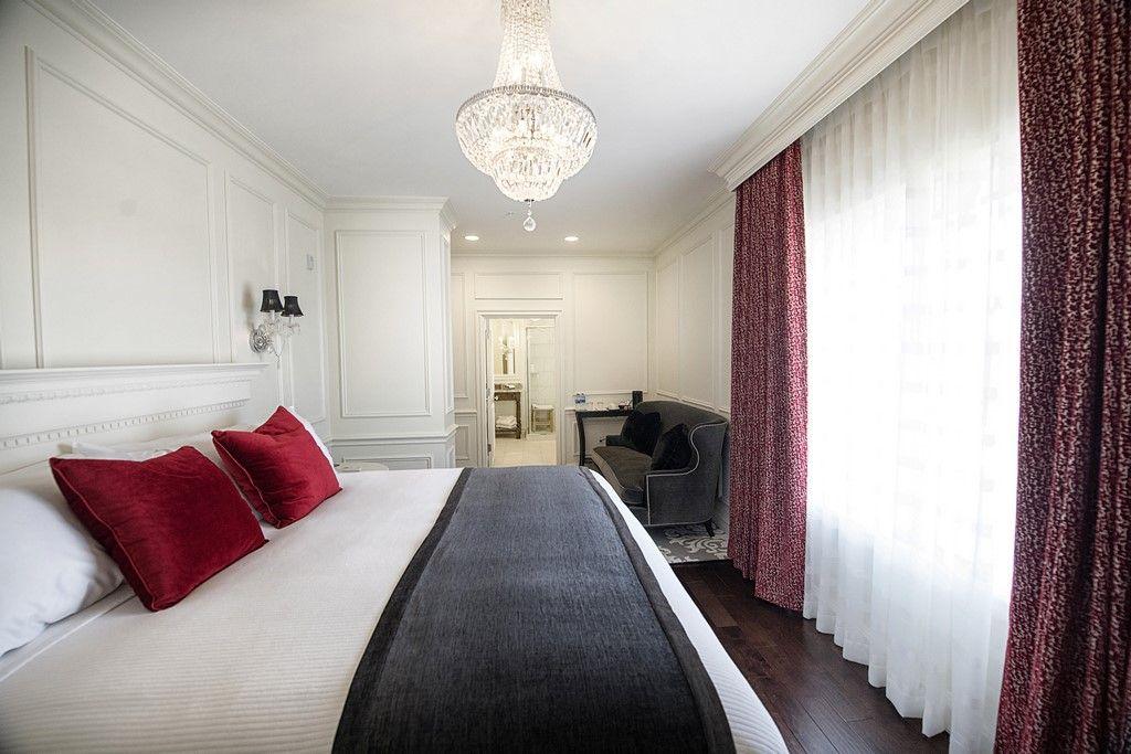 Luxury superior hotel room 2nd Floor Guthrie, Oklahoma