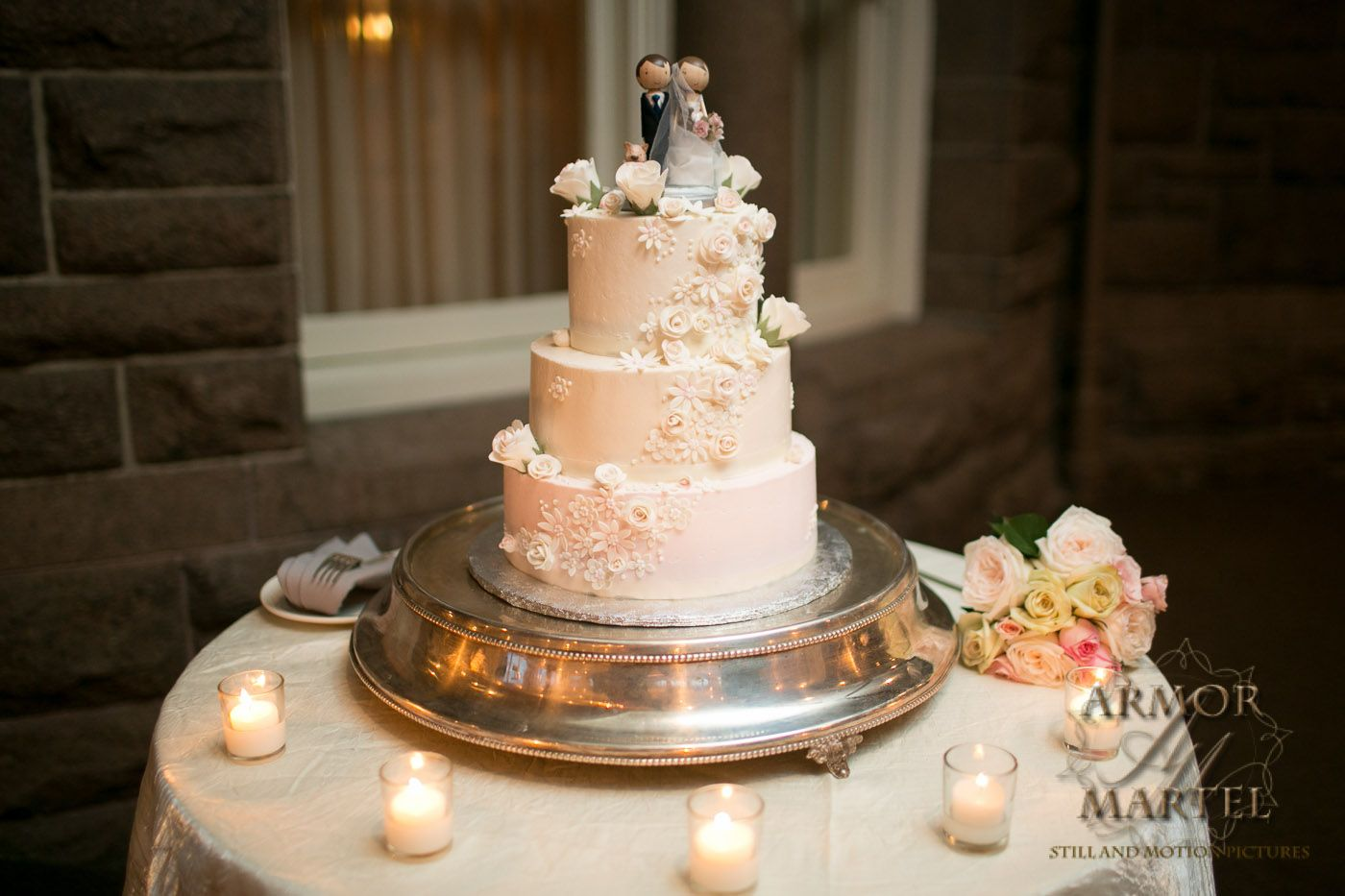Buttercream Wedding Cake, Soft Colors, Pale Pink, Ivory