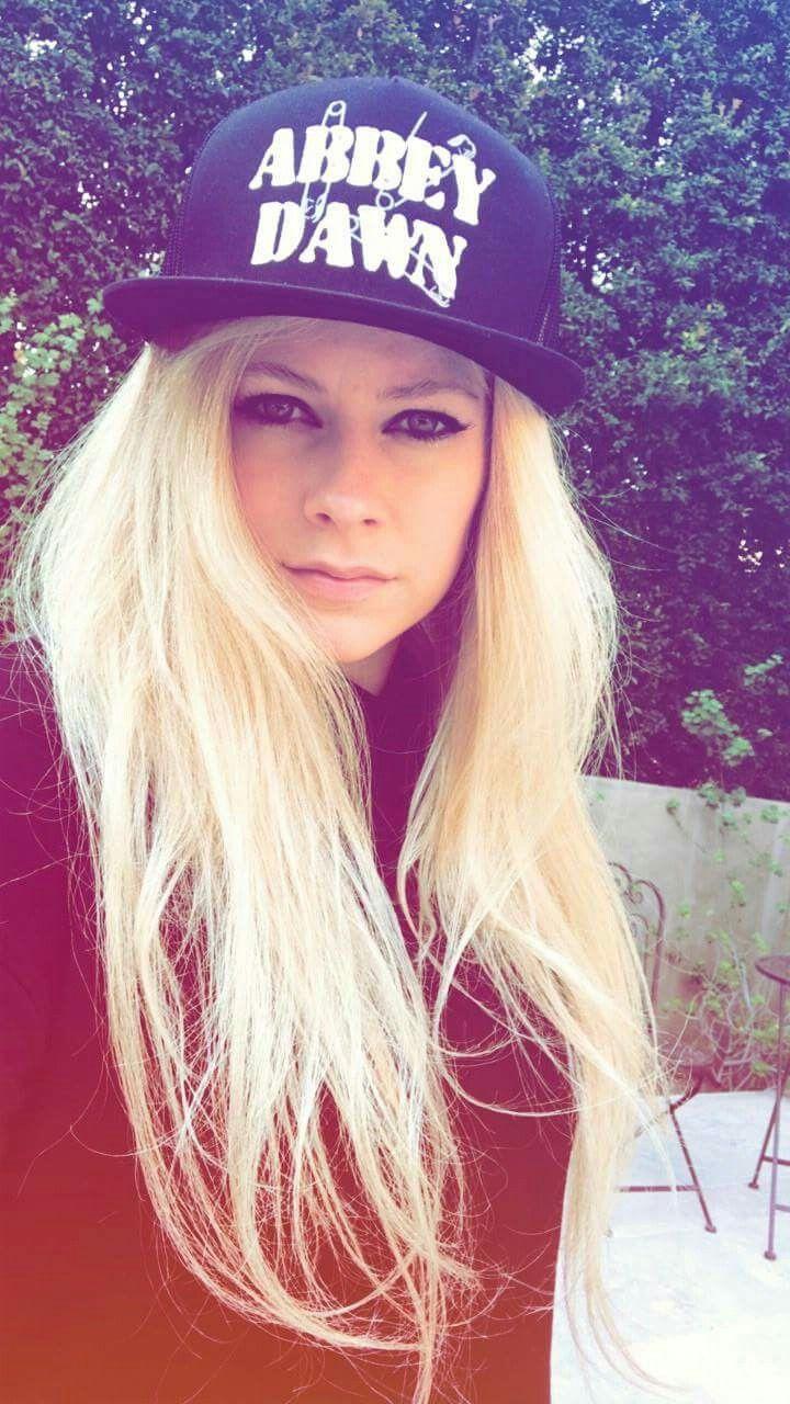 Pin by Ingrid Mañon on Avril lavigne ☆ | Avril lavigne ...