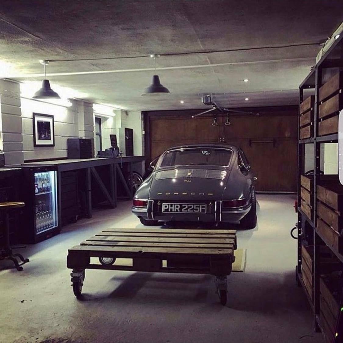 Pin By Tim Helsen On Porsche Dream Garage Garage Design Porsche Cars