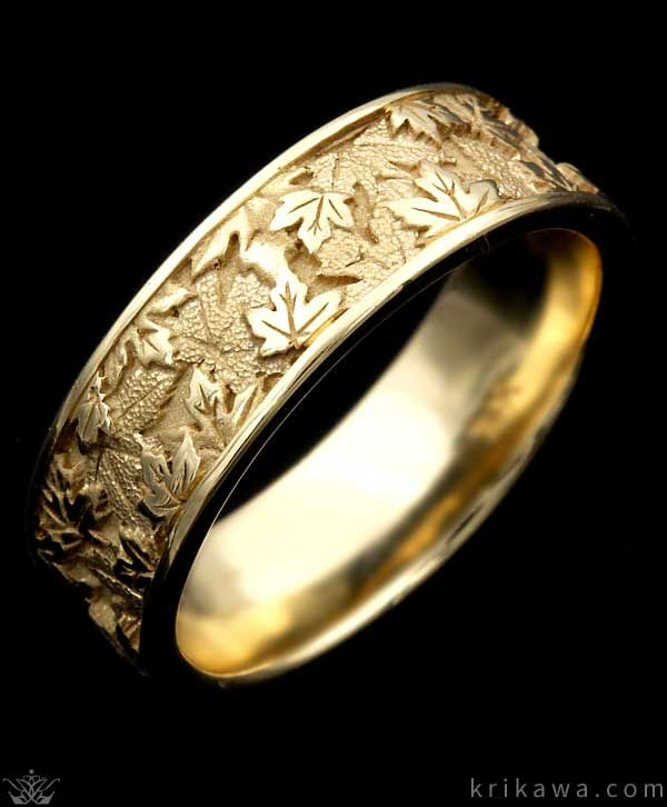 Maple Leaf Wedding Band in yellow gold Love the design We will