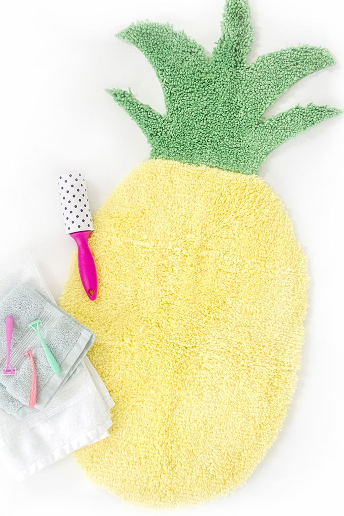 How To Make A Pineapple Shaped Bath Mat Crafts Diy Cute Pineapple