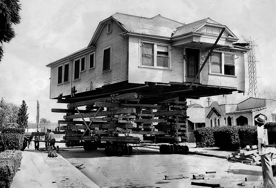 Los Angeles House Moving 1960s 01 Moving House Los Angeles Homes Los Angeles