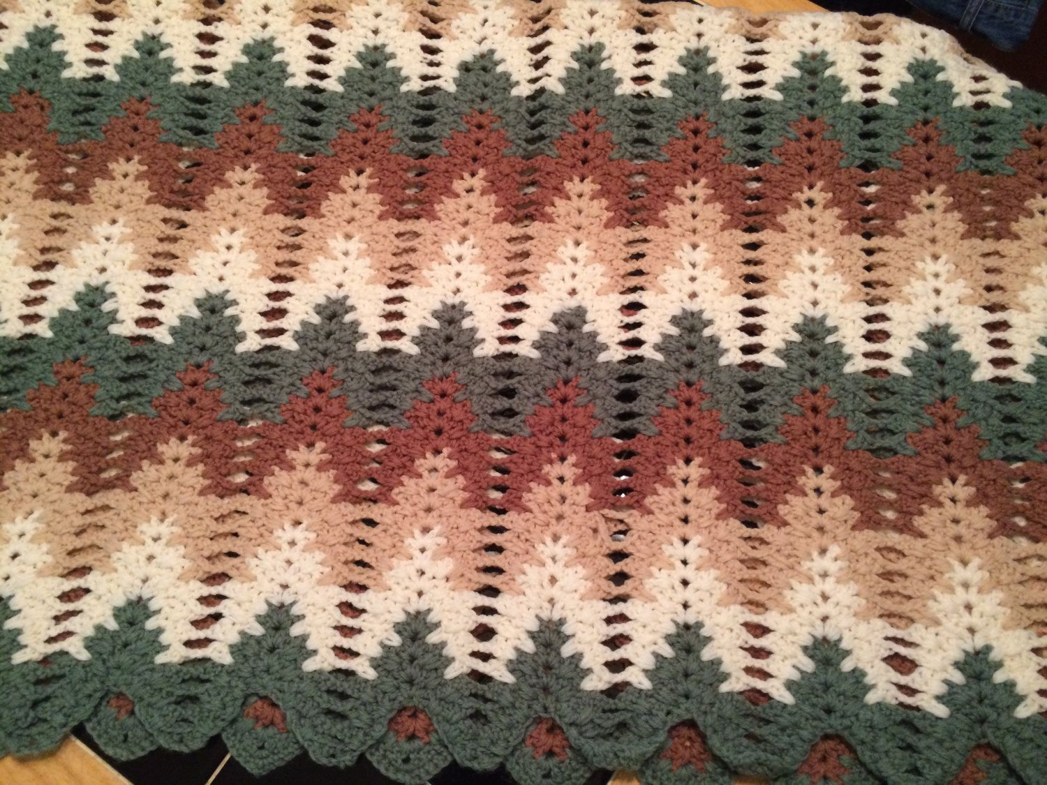 Amish Ripple crochet afghan blanket. Tan, Brown (2 shades of a color ...