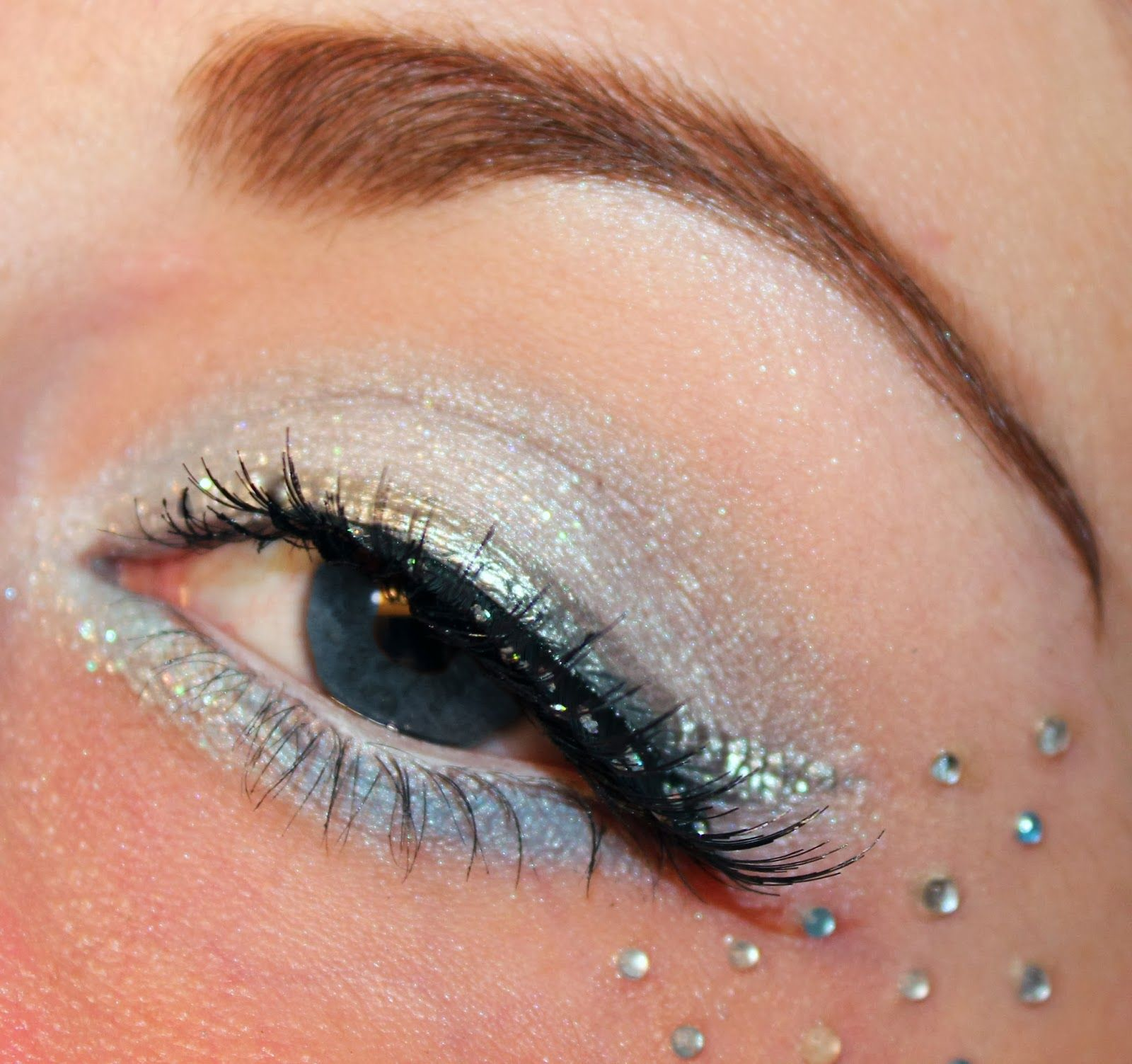 Luhivy's favorite things: 12 Days of Christmas : Snow Fairy Makeup Look