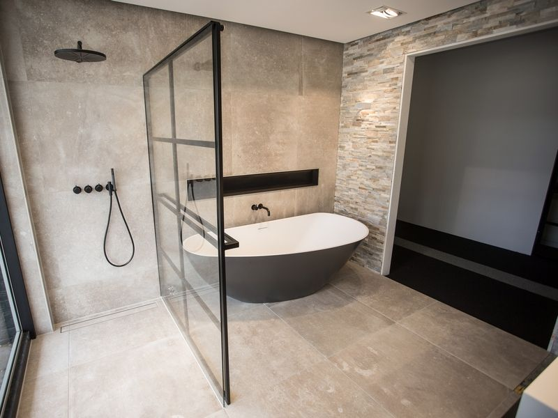 Badkamer showroom - De Eerste Kamer Barneveld | Rustic bathrooms ...