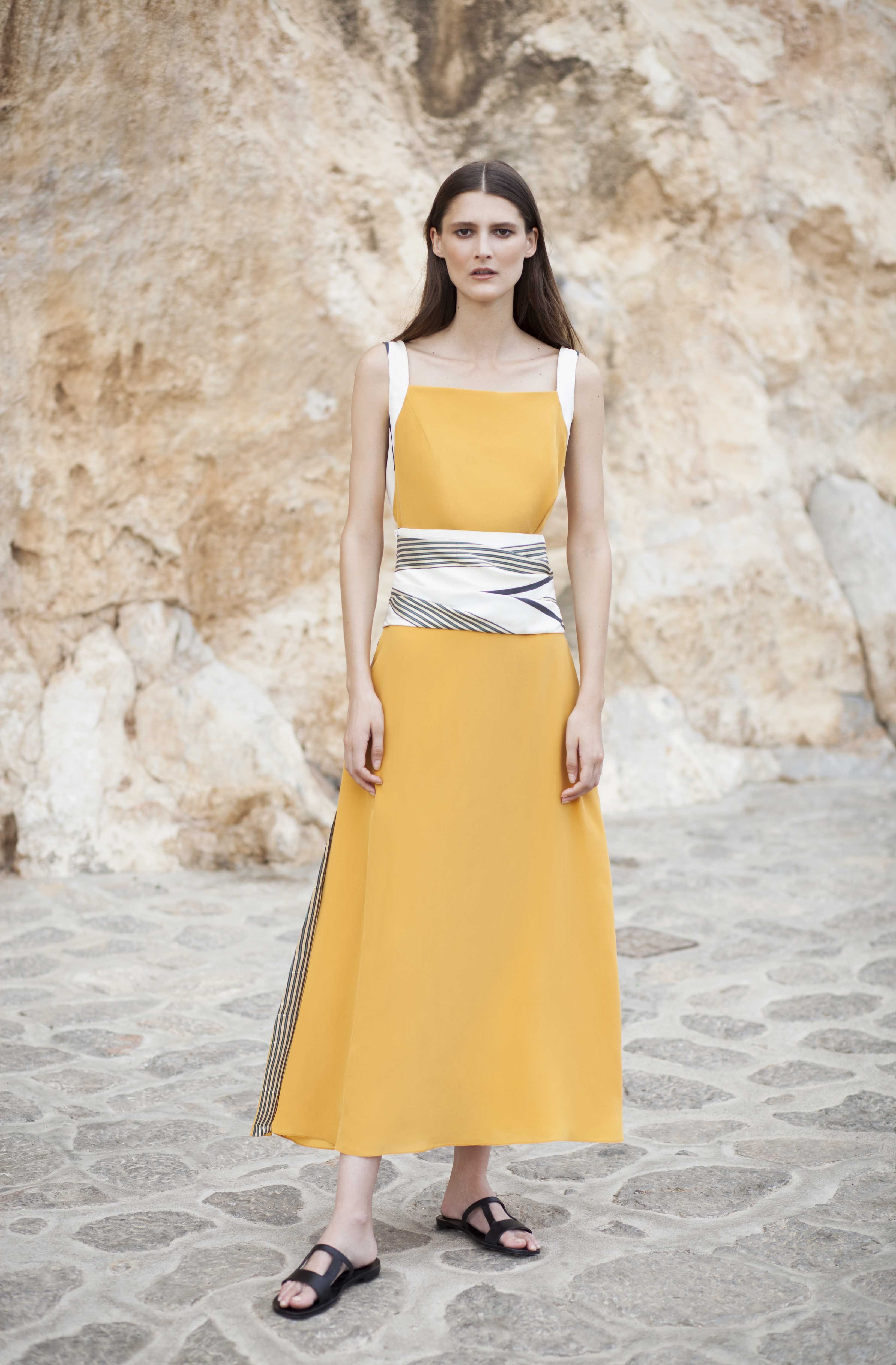 Dress leukes crepe de chine long dress with pleated bust and side