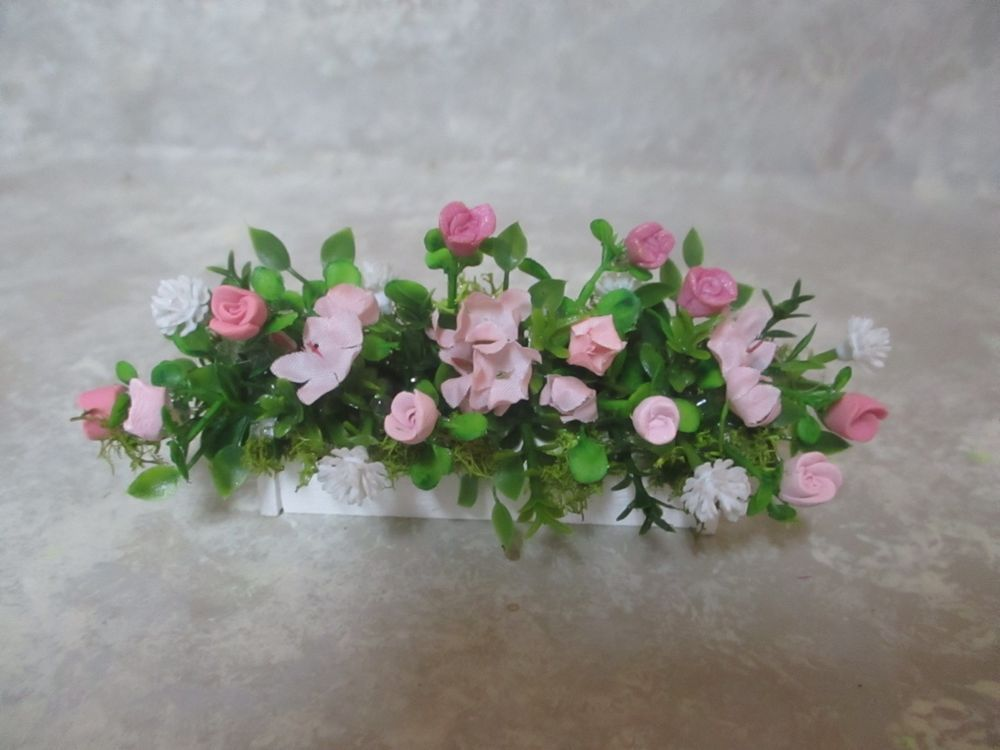 """Miniature doll//dollhouse 3/"""" blue//pink polymer roses//silk white floral//greenery"""