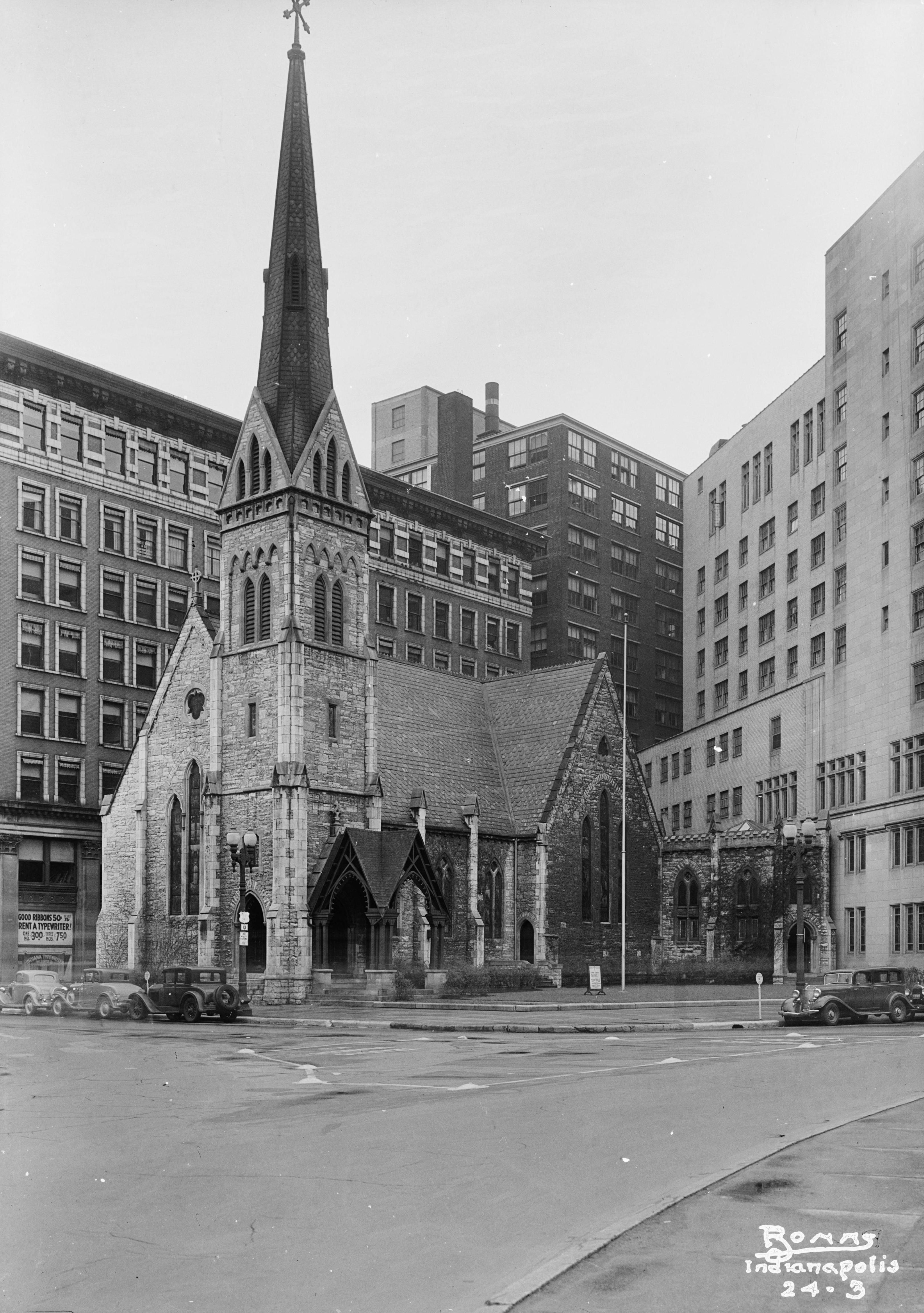 Indianapolis Then And Now Christ Church Cathedral 125 Monument Circle Historic Indianapolis All Things India Indianapolis Indiana Indianapolis Old Photos