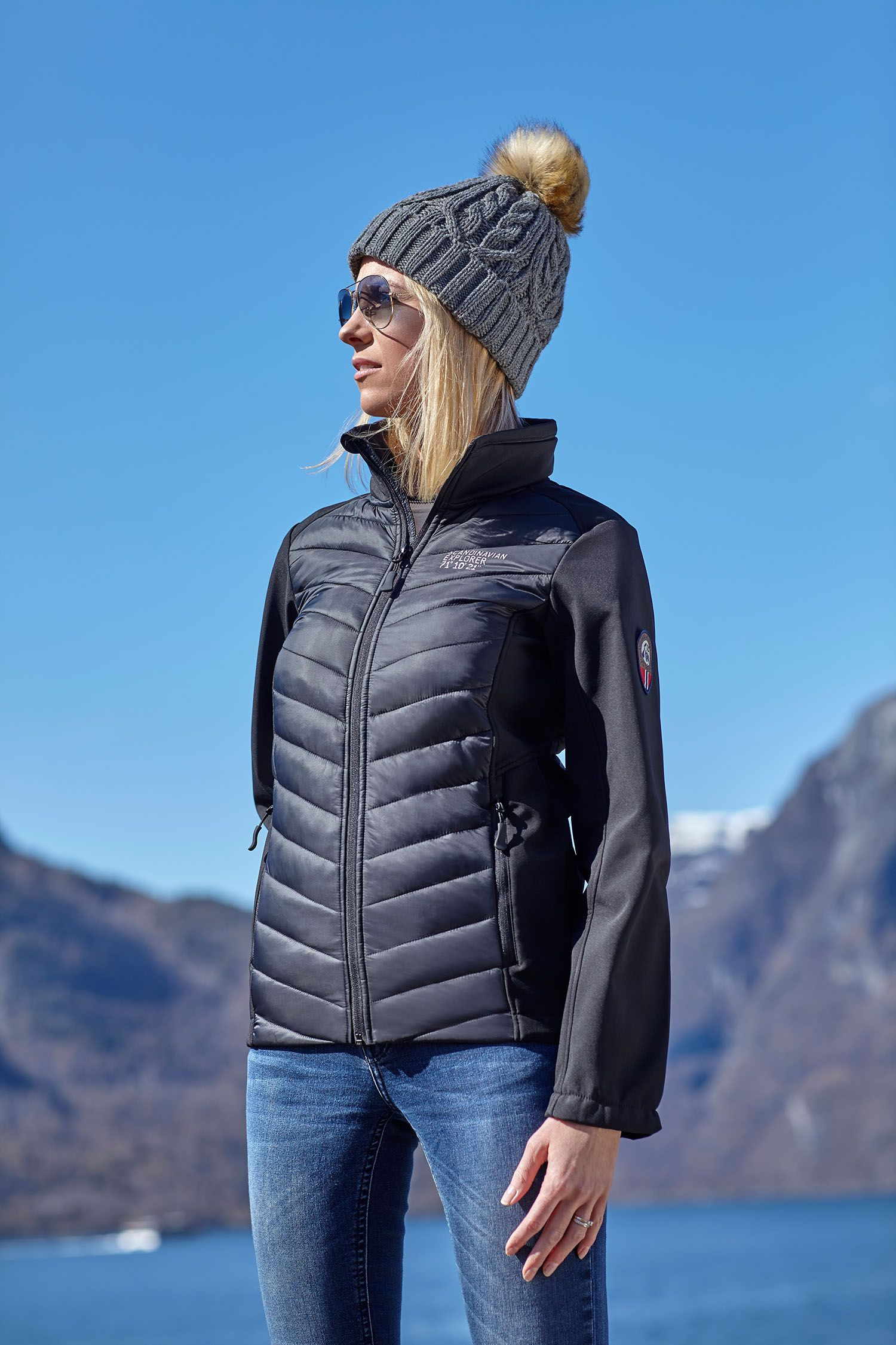 Have Your Tried This Amazing Hybrid Jacket By Scandinavian Explorer You Re Gonna Love It Go Hybrid Https Mallofnorway Com Women Jackets Coats Weatherproof Med Bilder