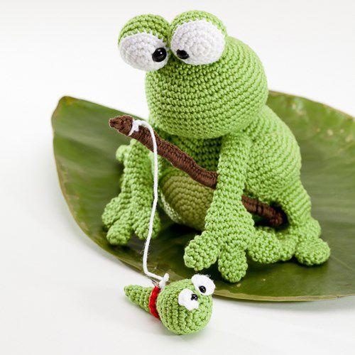 Kobe And Kenji Frog Amigurumi Pattern - http://pinterest.com/Amigurumipins