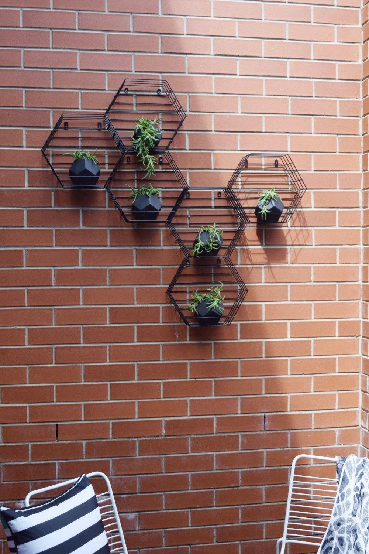 Kmart Hack: Beehive Hexagon Vertical Garden | Beehive, Planters and ...