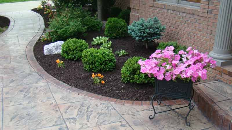Brown Colored Mulch Indianapolis Mulch Mccarty Mulch Brown Mulch Mulch Landscaping Garden Mulch