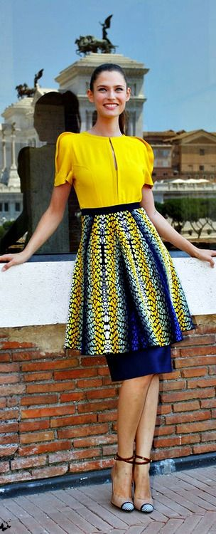 Bianca Balti in a Fendi skirt <3 na