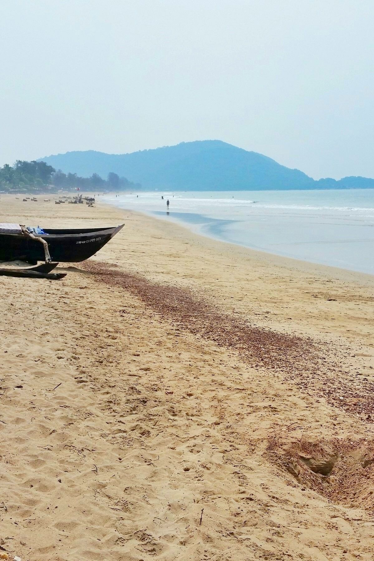 backpacking india travel tips for first trip to India. ocean beach photography. backpacking south asia. goa india. best places to visit in india. best things to do in india