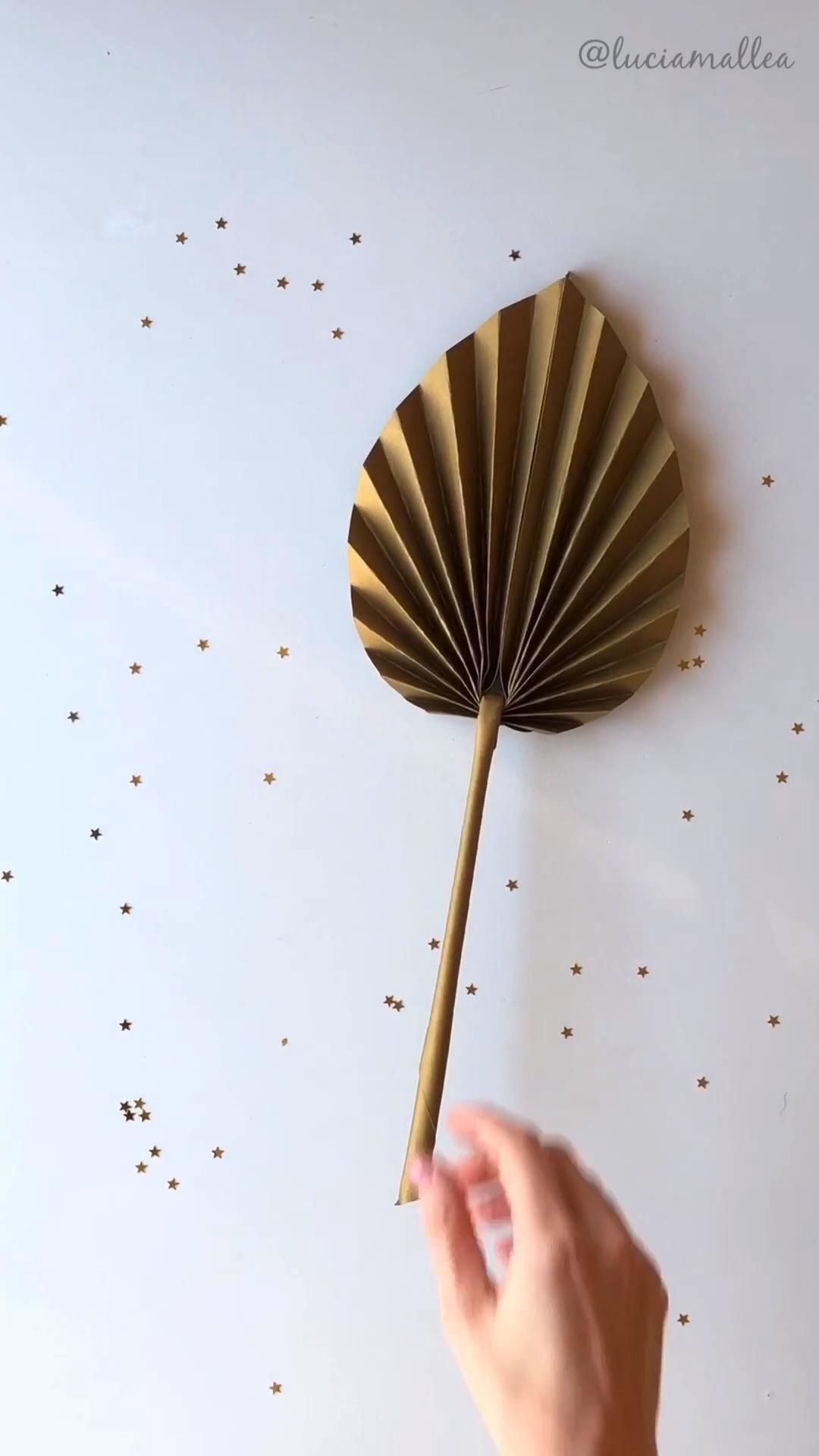 Photo of DIY tropical leaves