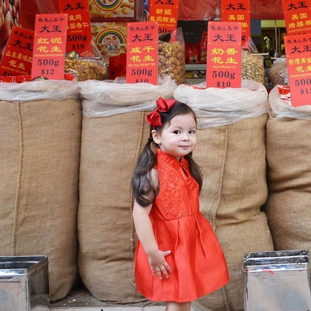 CNY 2017 is nearly here...and we are ready!  Be sure to check our site which is packed with local celebrations traditions events including where to see lion dances in your city buying cheongsams and more!  We have you covered from Hong Kong to Singapore to Kuala Lumpur and beyond!  Share your CNY family snaps with us at #mylittlesteps for a chance to be featured.  Thanks @daphneerokhin for sharing this adorable photo! . . . #cny2017 #hkfamily #sgparents #sgkids #hkmom #hkmums…