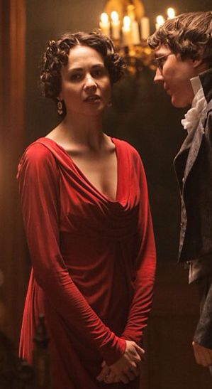 Tuppence Middleton As Helene Kuragina In War And Peace Inspiration For Helene S Dinner Dress Actors Actresses Hair Clothes Actresses