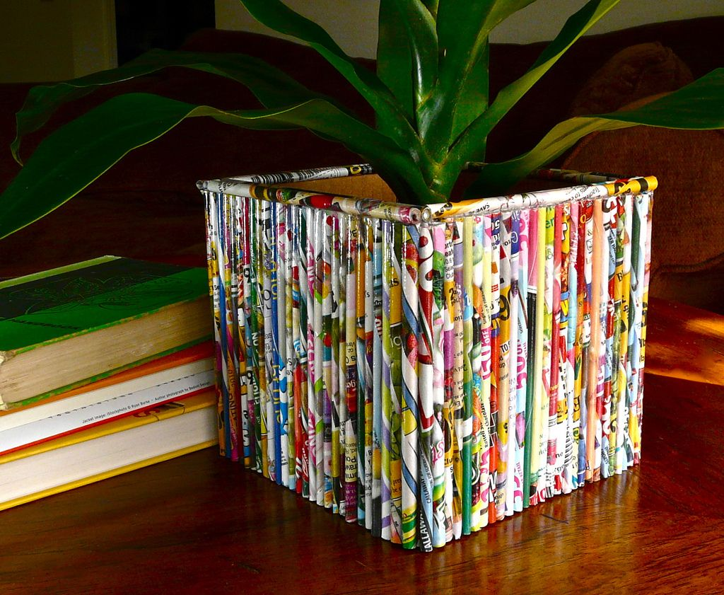 15 newspaper craft ideas recycle newspaper newspaper for Decoration from waste things