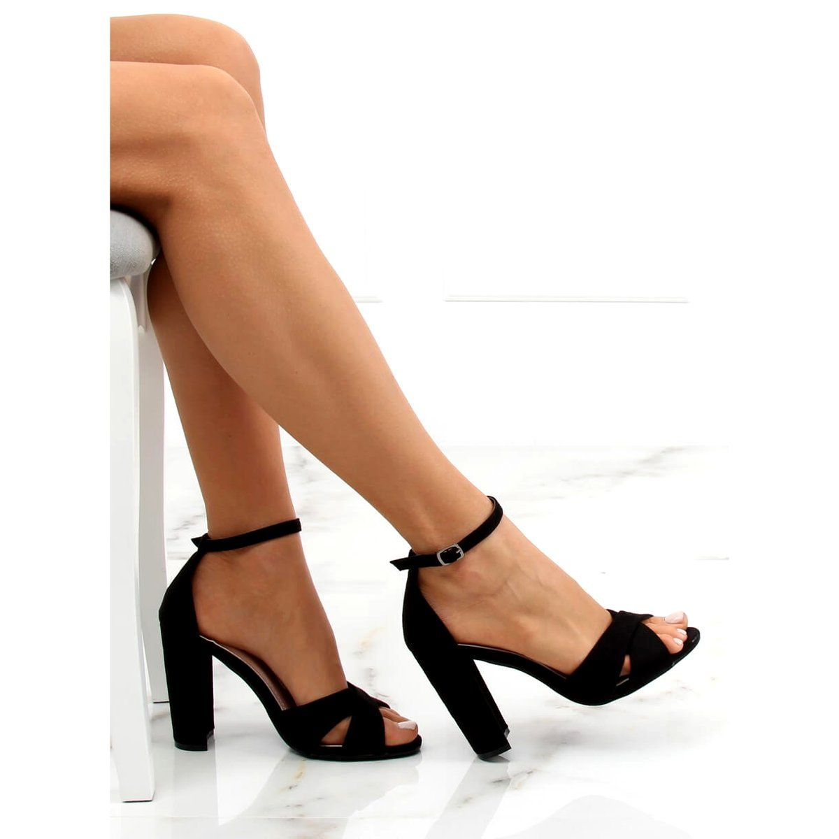 Sandalki Na Slupku Czarne 369 34 Black Heels Shoes Heeled Mules