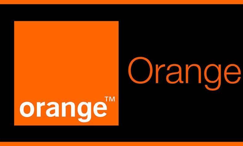 Orange In Romania Ai Acum Oferte Cu Aceste Smartphone Ieftine Bine De Tot Smartphone Orange Tech Company Logos