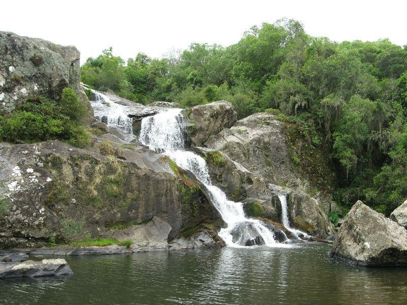 Cachoeira de Morro Redondo