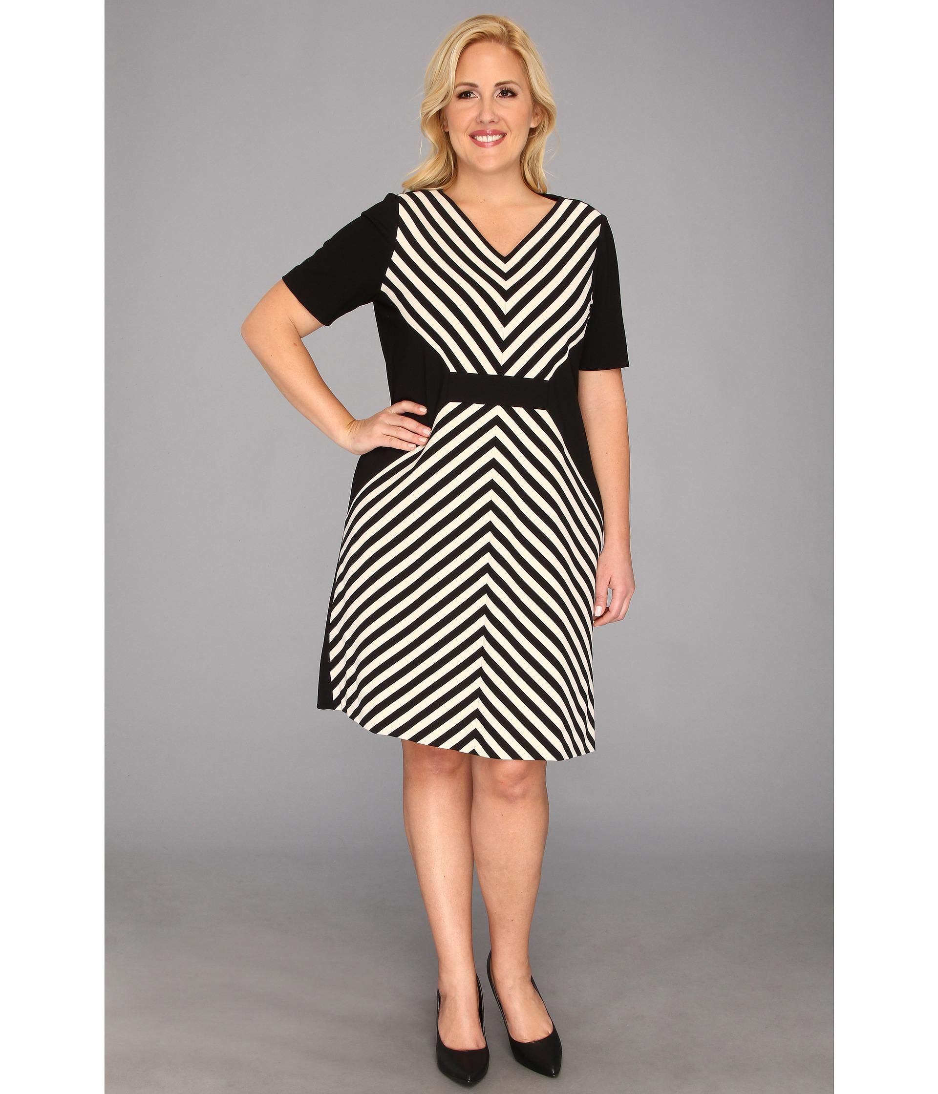 Outfit Yourself In A Tahari By Asl Dress That Delivers Classic