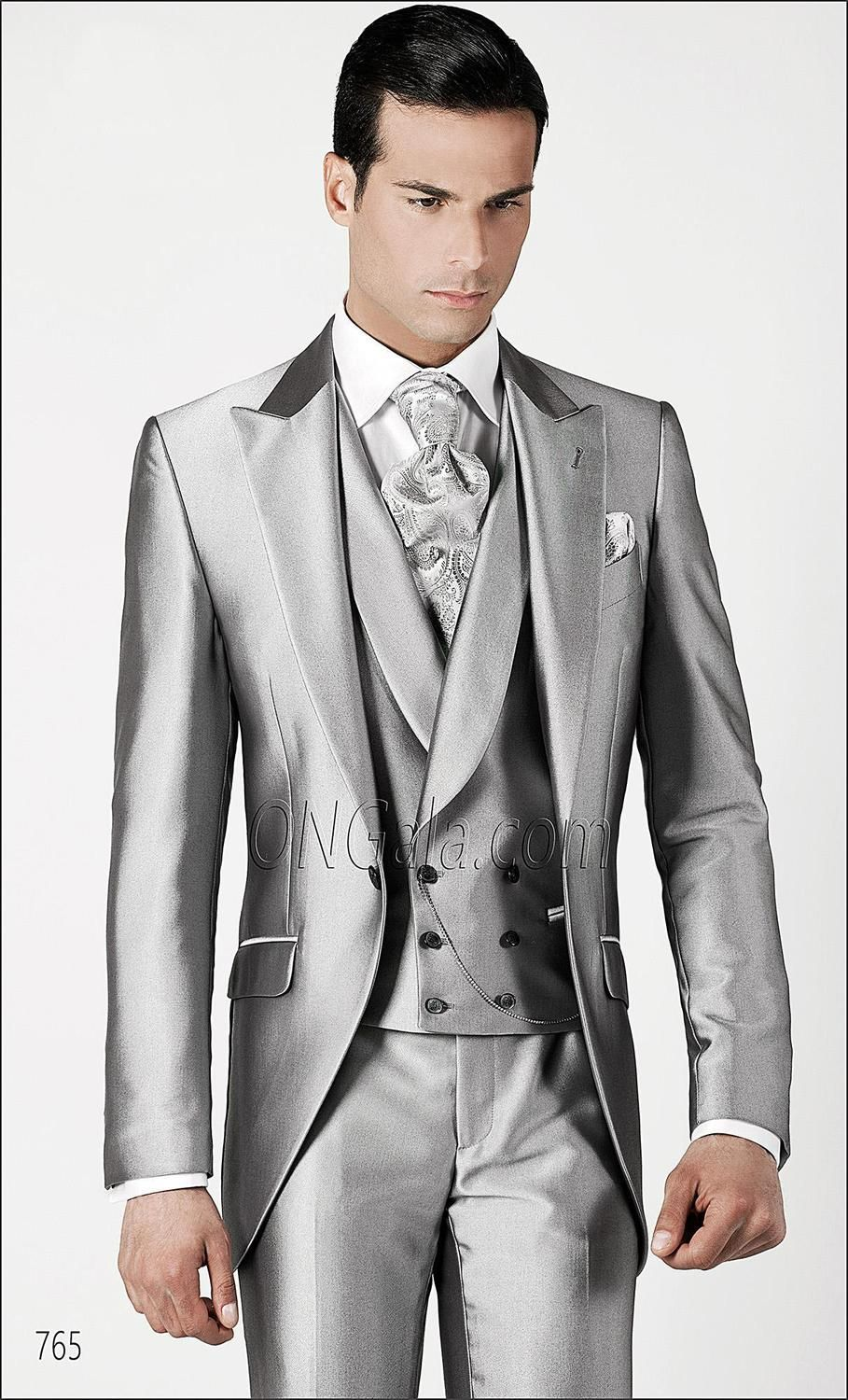 4135560fb9c Custom Made Handsome Groom Tuxedos Peak Lapel Men s Suit Silver  Groomsman Bridegroom Wedding Prom Suits (Jacket+Pants+Tie+Vest)