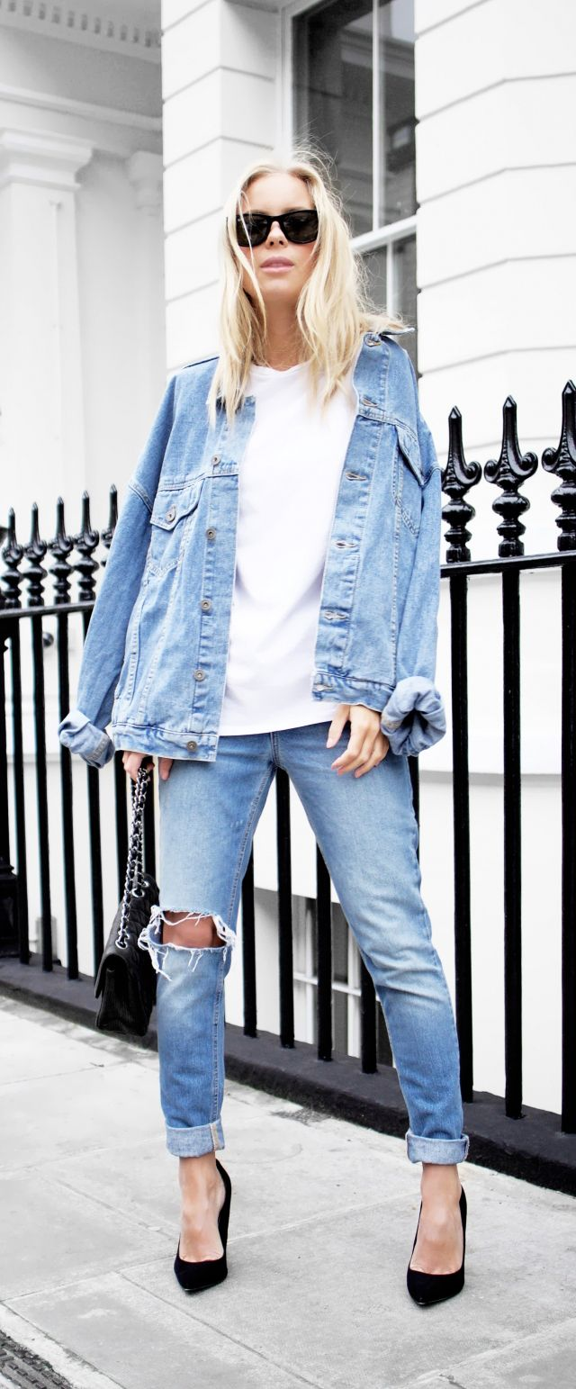 cd988b23e714 relaxed style    denim jacket with white t-shirt and ripped jeans with  black heels