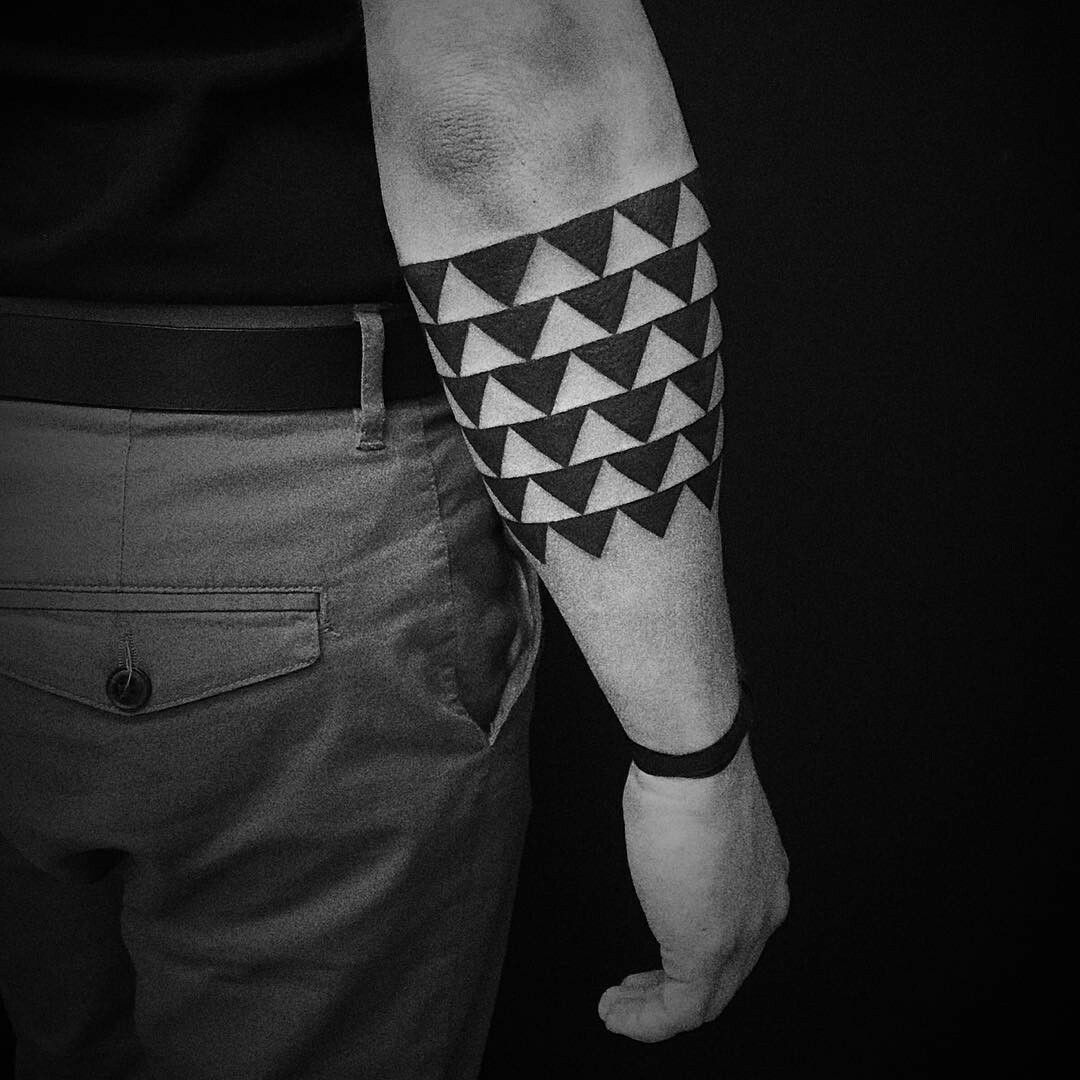 Polynesiantattoos Forearm band tattoos, Maori tattoo