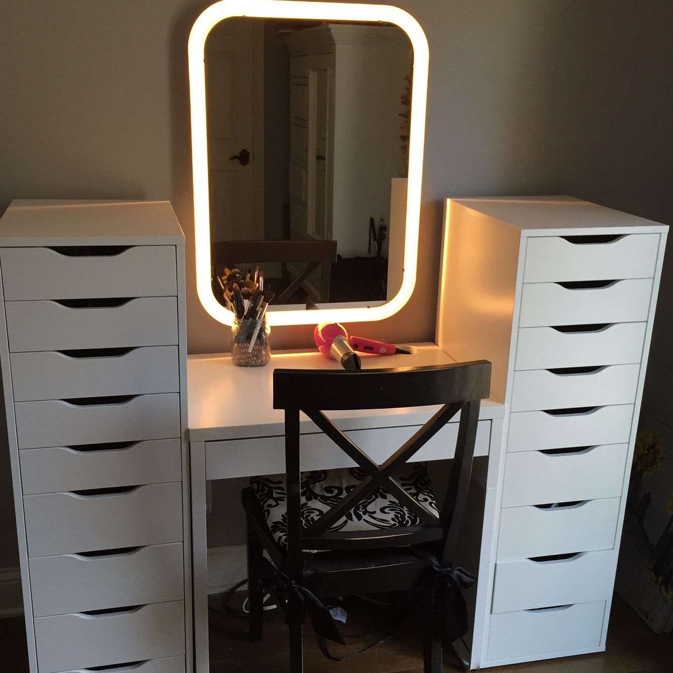 IKEA makeup station. 1 Micke desk, 2 Alex drawer sets, 1 storjorm mirror. Tons of storage ...