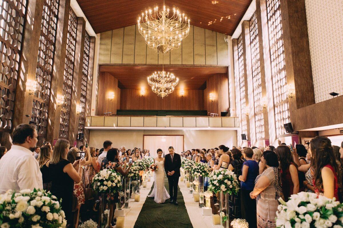 Casamento de Dia na Igreja – Camila