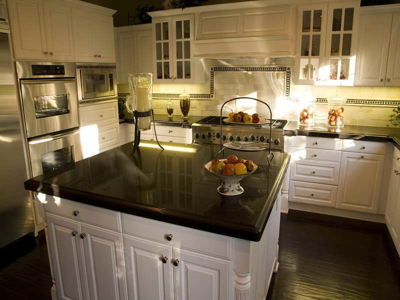 Etonnant Luxury Design Kitchen Laminate Countertops That Look Like Granite With  Beautiful Lighting