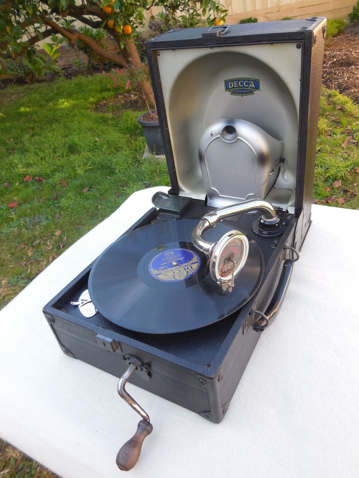 Vintage Decca Gramophone Phonograph Portable Model 44 C1930