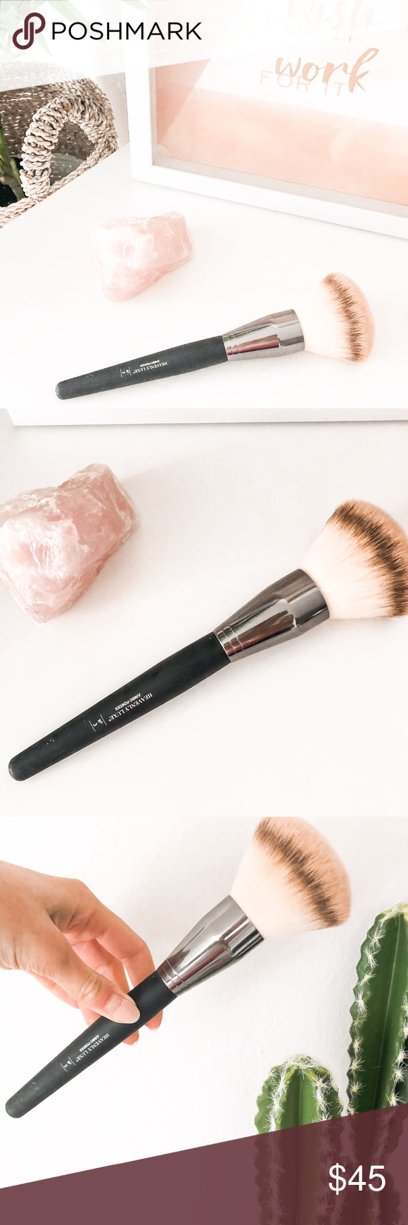 IT Cosmetics Heavenly Luxe Jumbo Powder Brush Makeup