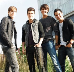 Great Interview With Kendall Schmidt And Logan Henderson Were