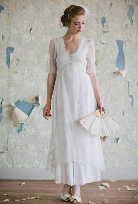 Vintage wedding dress lace alternative fan | Wedding Dress Shopping ...