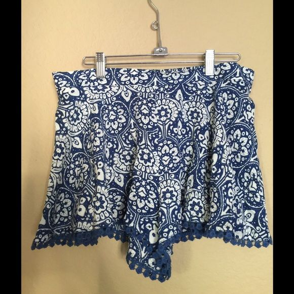 Blue and white shorts! Little hem at the bottom cute with a blouse or white tshirt Shorts