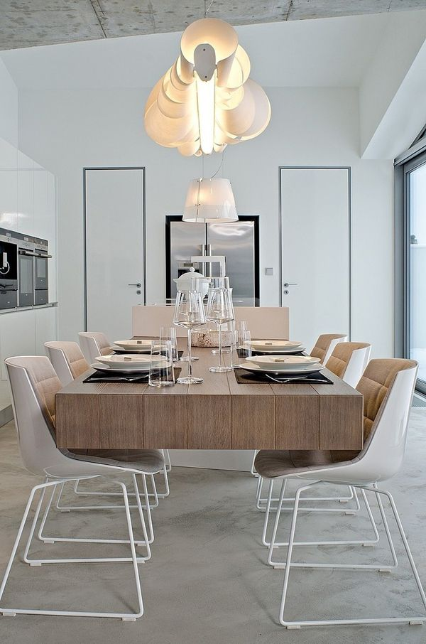KITCHEN CANTILEVER: Oooox's Stunning Floating Table  Photo by Martin Zeman