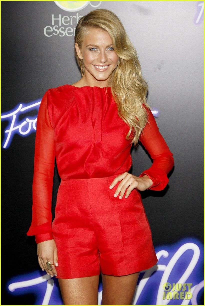 Julianne Hough: 'Footloose' Premiere with Kenny Wormald! | julianne hough kenny wormald footloose premiere 09 - Photo