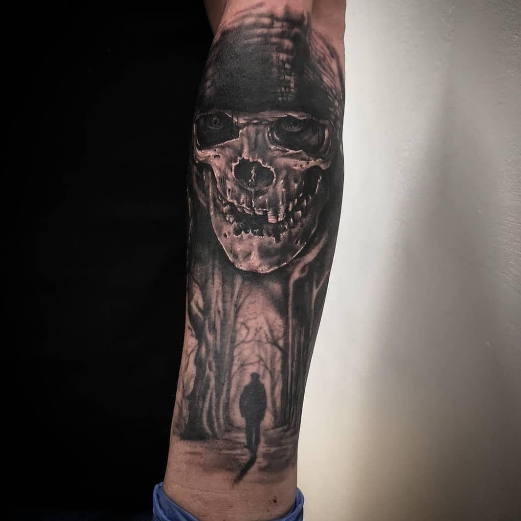 La muerte es algo que no debemos temer porque, mientras somos.. ella no es... Y cuando la muerte es, nosotros dejamos de ser... Por @martintattooist  En @d7tattoobarcelona  Sponsor @griptattoosupplies  #tatuajecerdanyola #tattoobarcelona #tattoosabadell #d7tattoo #deathtattoo #skulltattoo #realismotattoo #calaveratattoo #skull #thebestspaintattooartist #besttattoooftheday #realistictattoo