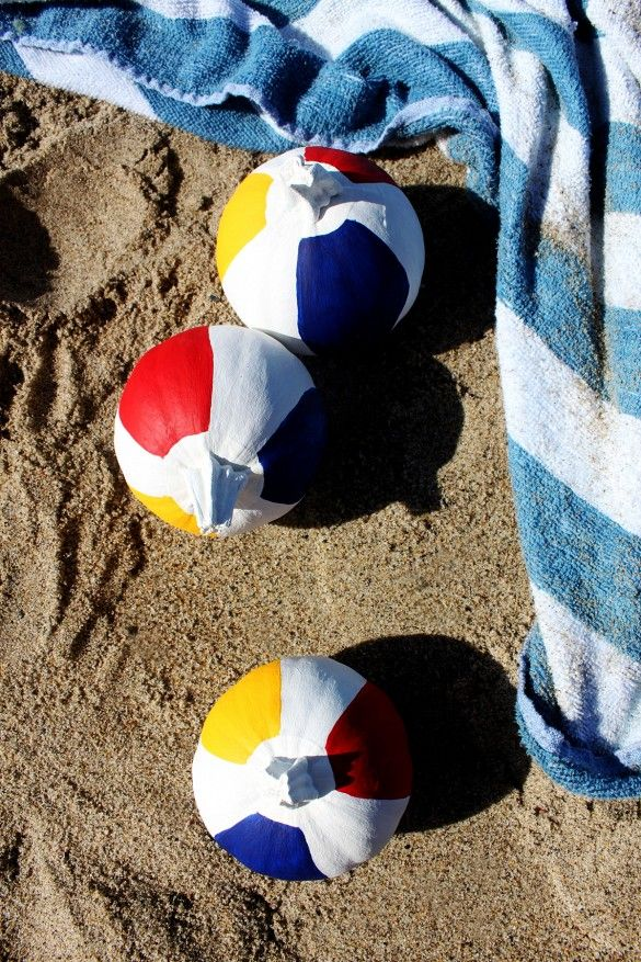 Decorating With Beach Balls 23 Totally Chic Ways To Decorate Your Pumpkins  Beach Ball